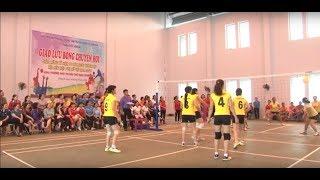 Giao lưu bóng chuyền hơi kỷ niệm ngày thành lập Hội LHPN Việt Nam