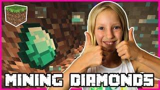 Video Insane Diamonds Emeralds Mining / Minecraft MP3, 3GP, MP4, WEBM, AVI, FLV September 2019