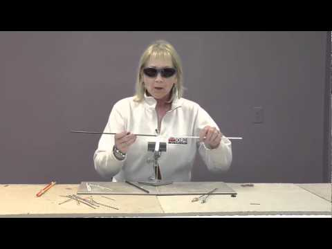 How to Make Twisted Stringers | Delphi Glass
