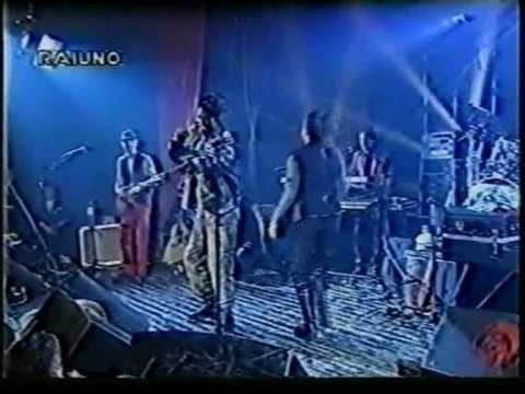 , title : 'Gianna Nannini live 1993: Fumetto (e ripresa Radio Baccano)'