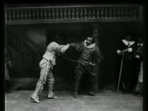 Photographie de Cyrano de Bergerac Coquelin Ainé par Léopold Poiré 1899