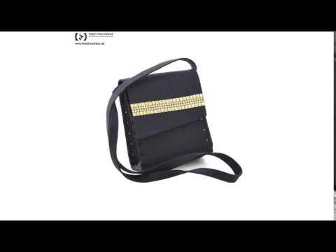 Finest-Trachten.de: Süße Trachtentasche zum Dirndl in Schwarz von Die Dirndltasche