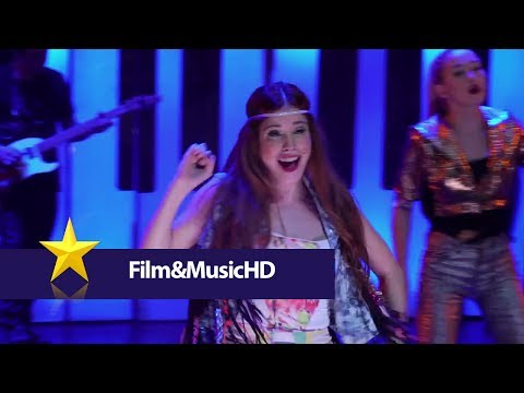Tekst piosenki Violetta - Juntos Somos Más (En Vivo) po polsku