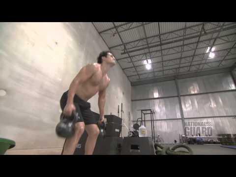 「超人:鋼鐵英雄」的肌肉是這樣練的!