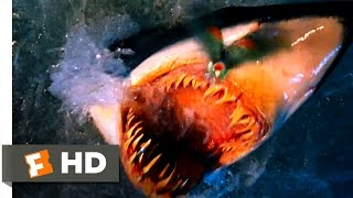 Deep Blue Sea - A Feathered Snack Scene (5/10) | Movieclips