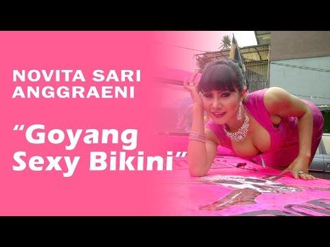 Novita Sari Anggraeni Mama Abdel Goyang Sexy Bikini