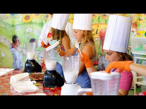 Kids Can Cook! The Ultimate Kids Cooking Experience
