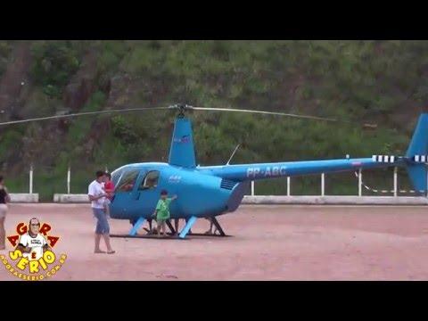 Helicóptero pousa no Campão de Juquitiba e faz a molecada ter sonho de Ícaro