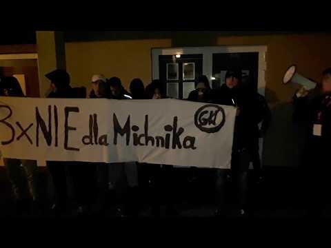 Wideo1: Przeciwnicy wizyty Adama Michnika w Lesznie