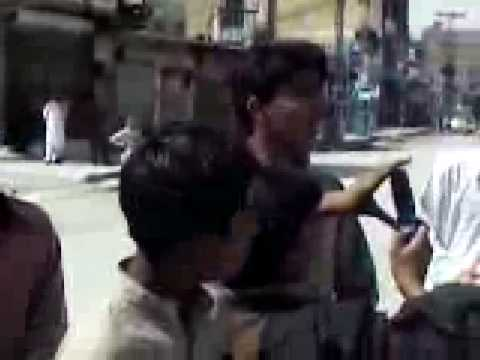 Download baloch messing with punjabi police HD Video
