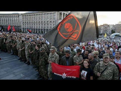 Ουκρανία: Δημοψήφισμα ζητεί ο Δεξιός Τομέας