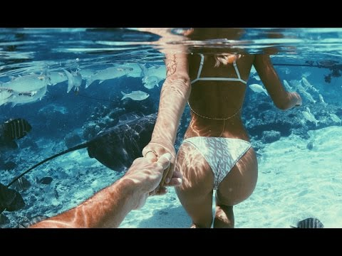 Instagram Personalities Jay Alvarrez and Alexis Ren Demonstrate the Perfect