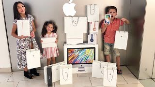 Video NO BUDGET AT THE APPLE STORE | Familia Diamond MP3, 3GP, MP4, WEBM, AVI, FLV Januari 2019