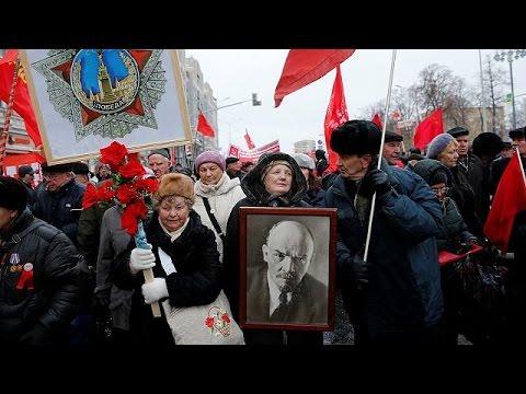 Αναπαράσταση της θρυλικής παρέλασης του Κόκκινου Στρατού στην Μόσχα – world