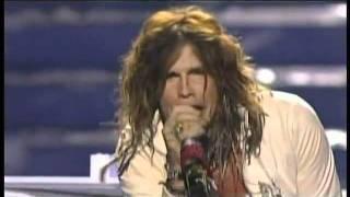<b>Steven Tyler</b>  Dream On  American Idol Season 10 Finale Results Show  05/25/11