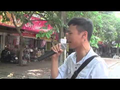 GIÚP ANH TRẢ LỜI NHỮNG CÂU HỎI - Chàng trai hát rong cực hay Lê Văn Hiệp