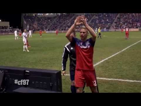 Video: Logan Pause subbed off to standing ovation in final Chicago Fire match