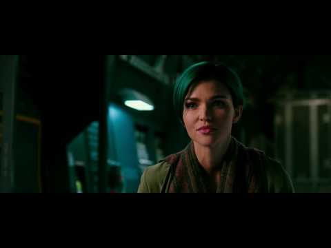 XXX: Return of Xander Cage (Clip 'Frisbee')