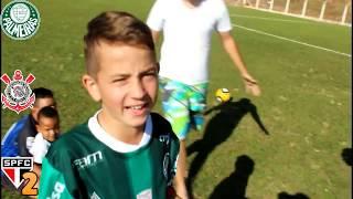 Mais um grande desafio de futebol pra você molecada, dessa vez vamos representar Corinthians, Palmeiras e São Paulo.