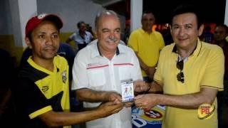 Deputado Inácio Falcão é homenageado por time de futebol em Coremas