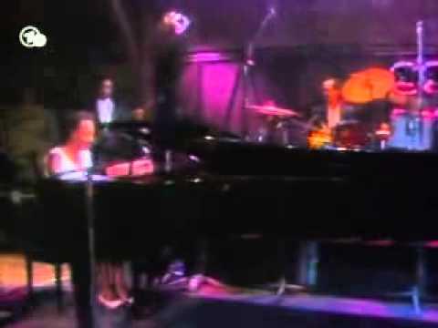 Tekst piosenki Nina Simone - In The Evening By The Moonlight po polsku