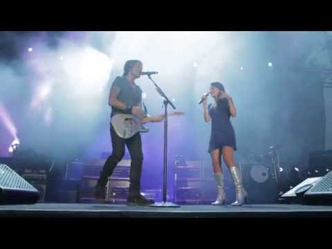 "Keith Urban feat. Kendal Conrad ""We Were Us"" at Musikfest"