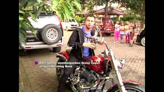 Video Raffi Ahmad Bangunin Denny Cagur Pake Marching Band - dahSyat 12 April 2015 MP3, 3GP, MP4, WEBM, AVI, FLV Desember 2018