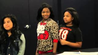 Cincinnati Bengals running back Giovani Bernard surprised a classroom full of young Bengals fans for Christmas. He went on a shopping spree and made sure ...