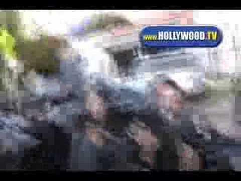 Eva Longoria Being Mobbed by Paparazzi