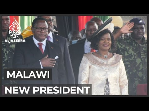 Malawi opposition leader sworn in as president