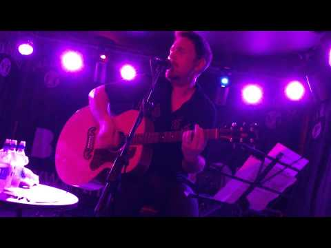 , title : 'Andy Cairns - 'Nowhere' & 'Knives' Acoustic live Guildford May 2013'