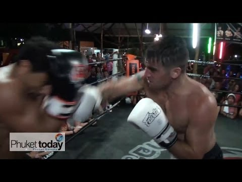 Smoker fights at Tiger Muay Thai's BBQ Beatdown