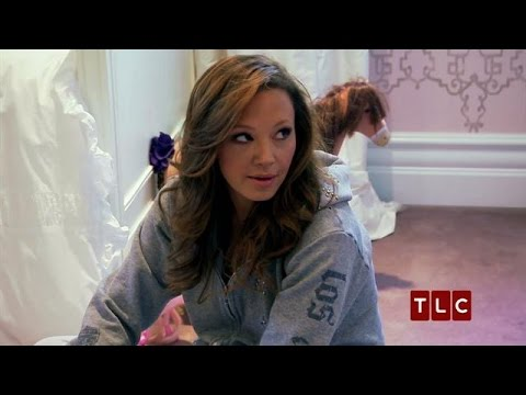 Preparing Sofia for NYC | Leah Remini: It's All Relative