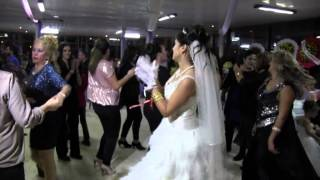 Filiz Duman ile Tamer Yıldız'ın Düğününden az bir görüntü. bahri Aşık