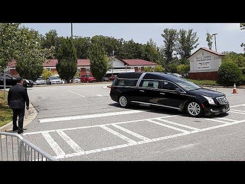 ΗΠΑ: Σε εκκλησία της Τζόρτζια πραγματοποιήθηκε η κηδεία της Μπόμπι Κριστίνα Μπράουν