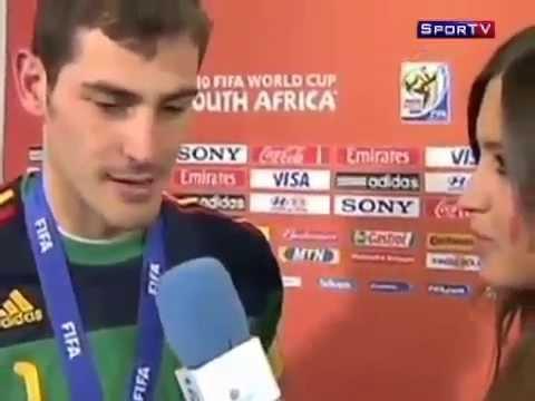 Iker Casillas Kiss Sara Carbonero After Title WC2010 Spain - Celebration 11 07 2010