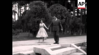 فیلمی بیصدا و کوتاه از شاهدخت شهناز پهلوی و همسر ایشان