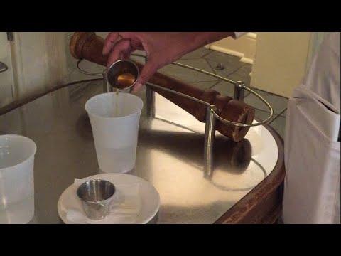 Naturally treat HPV with pH balancing Apple cider vinegar and baking soda water tonic!