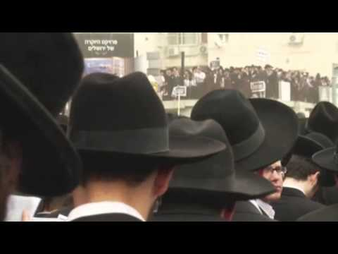 ultra - Israeli lawmakers passed a contentious law on Wednesday meant to draft ultra-Orthodox Jews into the military, the culmination of a drive for reforms that has...