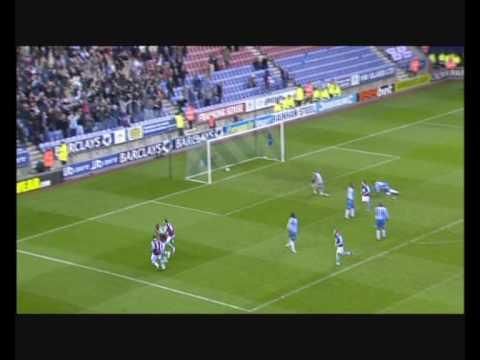 Goles del West Ham, incluyendo uno de Collison