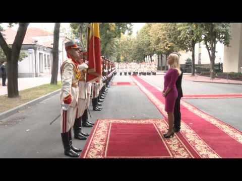 Moldova president receives accreditation letters from Slovenian, Vietnamese ambassadors