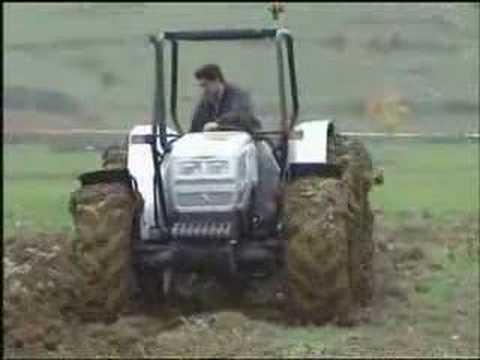 Lamborghini traktor bemutat� vide�