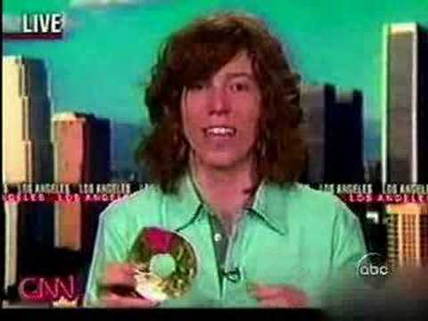 Shaun White's awesome save after 2006 Winter Olympics