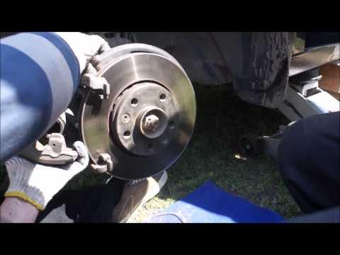 Замена тормозных колодок рено флюенс своими руками видео
