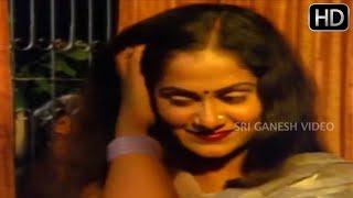 Video Lady peeps in the window | Premada Uyyale | Kannada Movie Love Scenes MP3, 3GP, MP4, WEBM, AVI, FLV Juli 2018