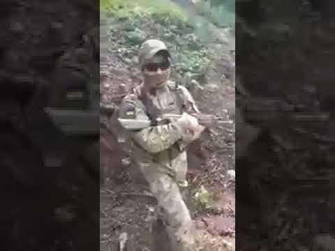 Украинский террорист жалуется на армию ДНР под Горловкой.