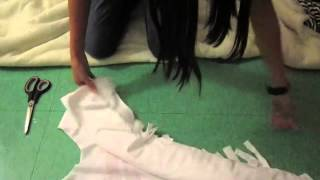 DIY tutorial: How to cut a Large oversized T-shirt, 3 styles - YouTube