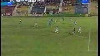 3º Gol de Héctor Flores