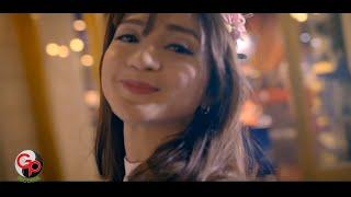 Video Seventeen - Aku Gila [Official Music Video] MP3, 3GP, MP4, WEBM, AVI, FLV Maret 2019