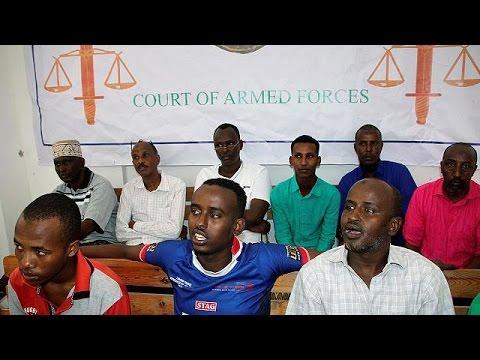 Σομαλία: Σε ισόβια κάθειρξη καταδικάστηκαν δύο άντρες για επίθεση σε αεροπλάνο